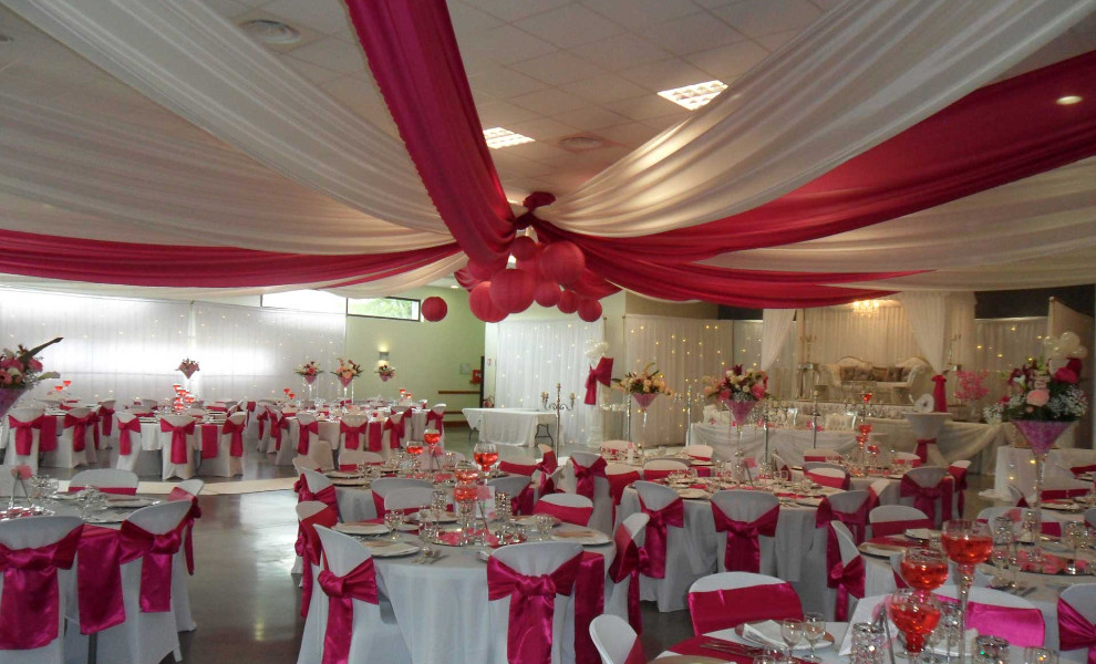 Photo de decoration de salle de mariage decormariagetrnds for Arnal decoration