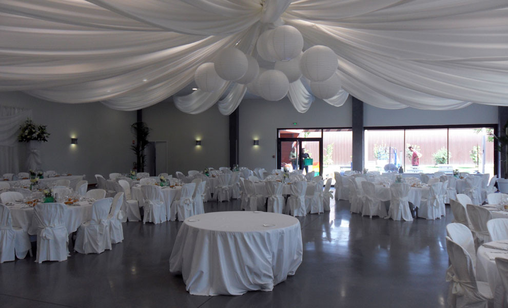 Location salle de mariage grenoble for Arnal decoration